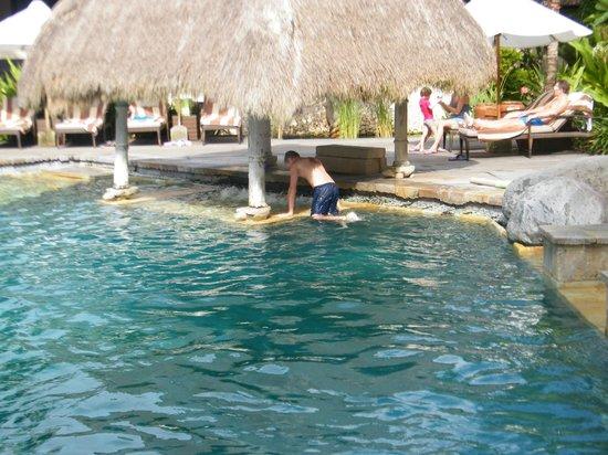 Novotel Bali Benoa: Spa area under cover
