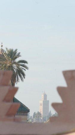 Zamzam Riad: Blick auf den Atlas
