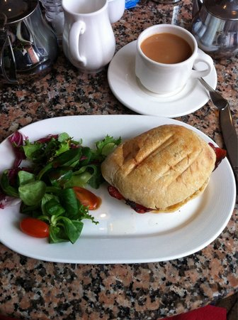 Bennett's Cafe & Bistro: Bacon sandwich