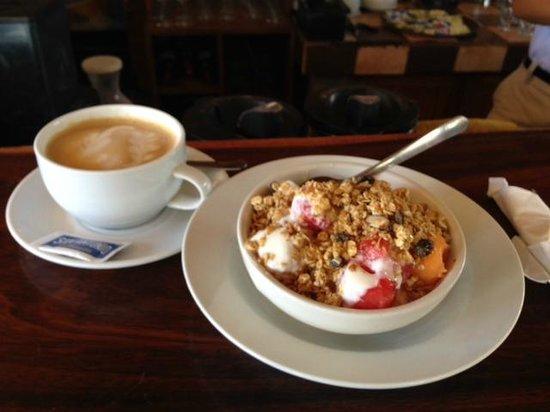 Barrio Cafe Hotel: Brunch!!