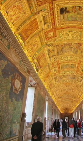 "Walks of Italy : Ornate Halls of Vatican Museums - ""Pristine Sistine"" Tour"