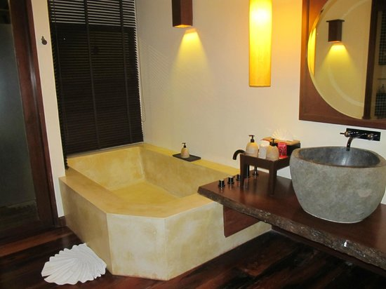Chantaramas Resort & Spa : bath