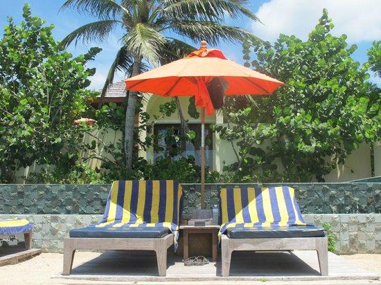 Chantaramas Resort & Spa: pool and beach