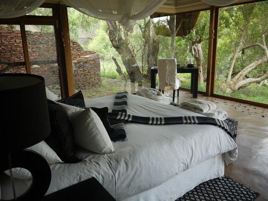 Sanctuary Makanyane Safari Lodge: The bed