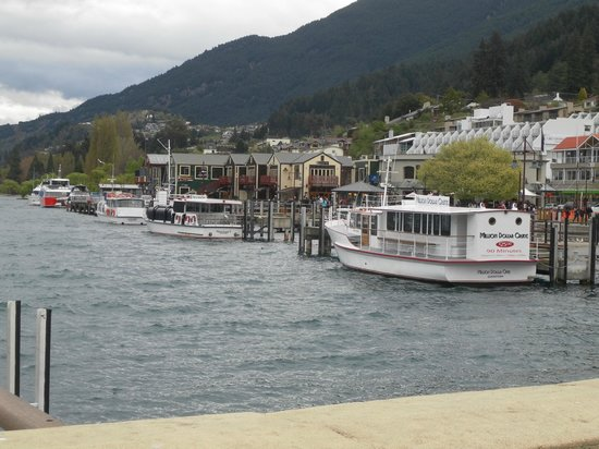 Sofitel Queenstown Hotel & Spa: View at the port
