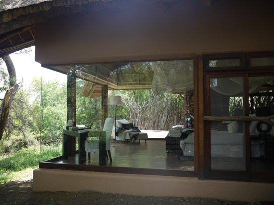 Sanctuary Makanyane Safari Lodge: View of the suite