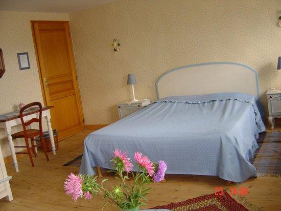 Maison d'Angeline : chambre myosotis