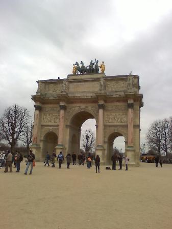 Champs-Élysées : Photo of Champs-Elysees taken with TripAdvisor City Guides
