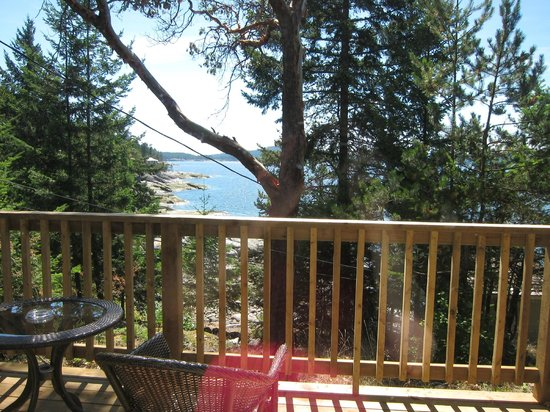 Rockwater Secret Cove Resort : View from our cabin balcony