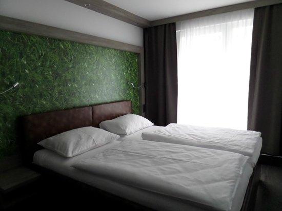 HB1 Design & Budget Hotel Wien Schoenbrunn: Camera