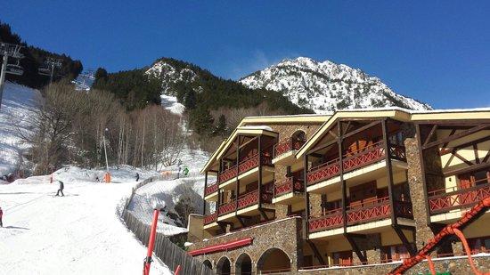 Patagonia Atiram Hotel: Skien tot bijna aan het hotel