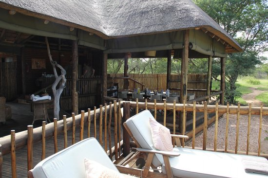 nThambo Tree Camp: The Lodge