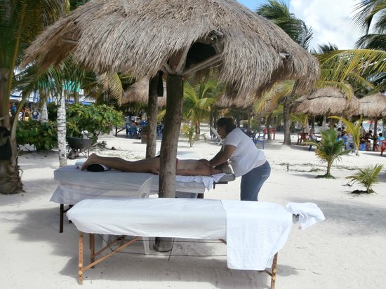 Tropicante Ameri-Mex Grill: massage table on the beach