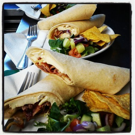 Niche Cafe: Lunchtime Treat(s)