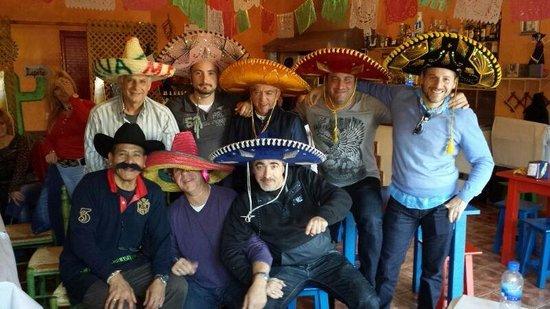 Cantina Mexicana Tacos : Y si es en buena compañía mucho mejor