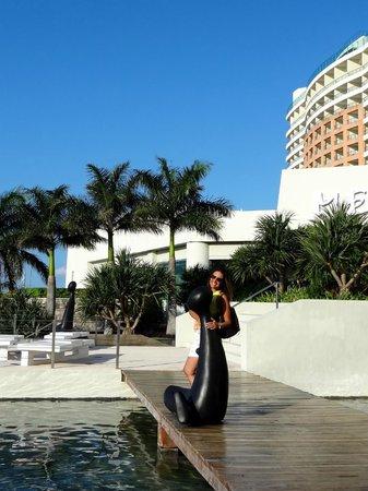 ME Cancun: Main entrance