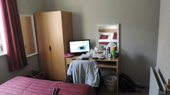 Bay Esplanade Hotel : Room