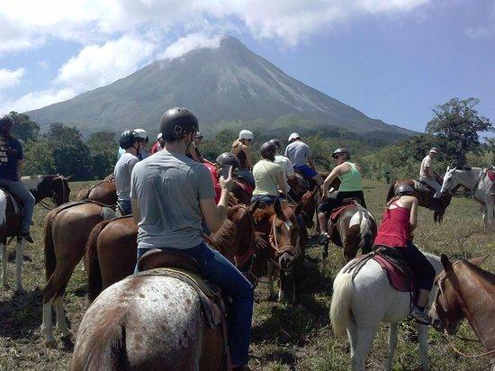 Cabalgata Don Tobias: Amazing view of Arenal volcano