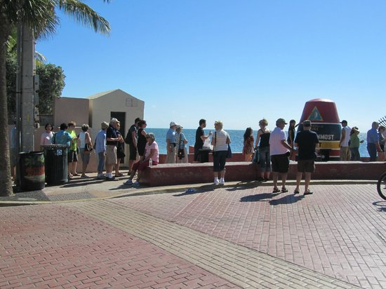 Southernmost Point : Southernmost street corner?