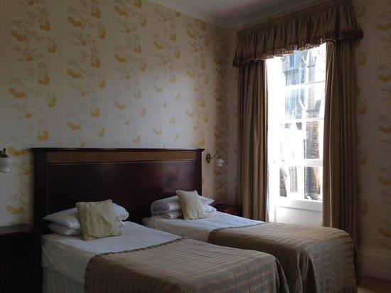 Pratt's Hotel : Room 111