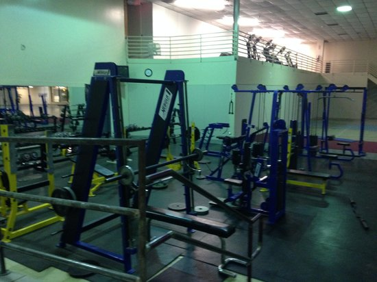 Blue Cypress Hotel: Part of the 3 room gym