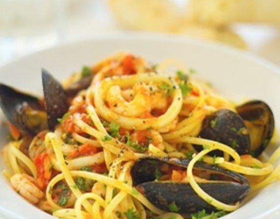 Xenis Cuisine: Fresh seafood pasta