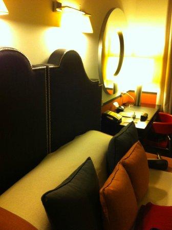 Hotel de Rome: letto