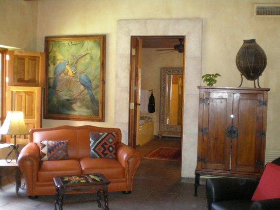 Hacienda De Los Santos: our sitting area
