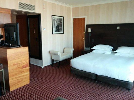 Hilton Amsterdam: Room