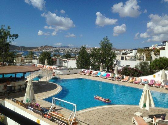 View From Balcony Pool And Bay Beautiful Club Pedelisa Apart G Mbet Resmi Tripadvisor