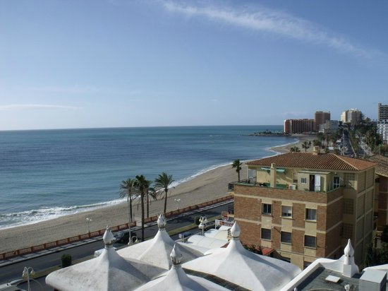 Las Arenas Hotel: view from room 610