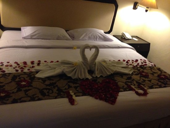 Legian Paradiso Hotel: We advised it was our anniversary