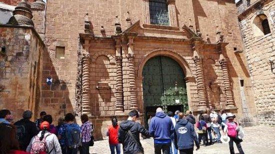 Catedral del Cuzco o Catedral Basílica de la Virgen de la Asunción: Street view