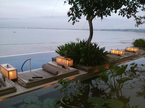 Sundara: relax for 2 with a big large swimming pool with view to the Ocean