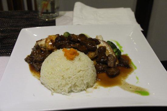 LE RETRO : Braised Beef w/Mushrooms