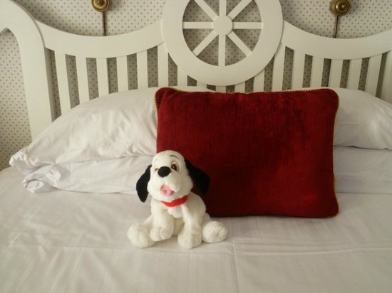 Disney's Yacht Club Resort : Up close (stuffed animal not included)