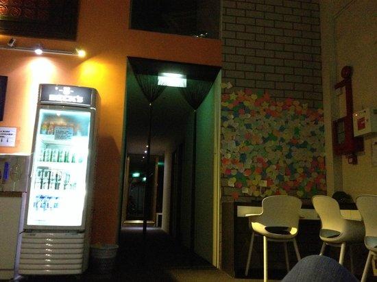 Mercury Backpackers' Hostel : Lobby.. and free wifi every where