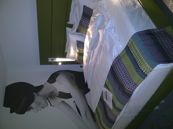 Hotel Indigo Duesseldorf - Victoriaplatz : Watching over your sleep