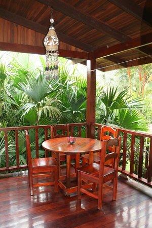 El Encanto Inn: balcony with view of gardens
