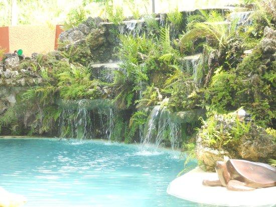 Sunset Bungalows Resort: swimming pool