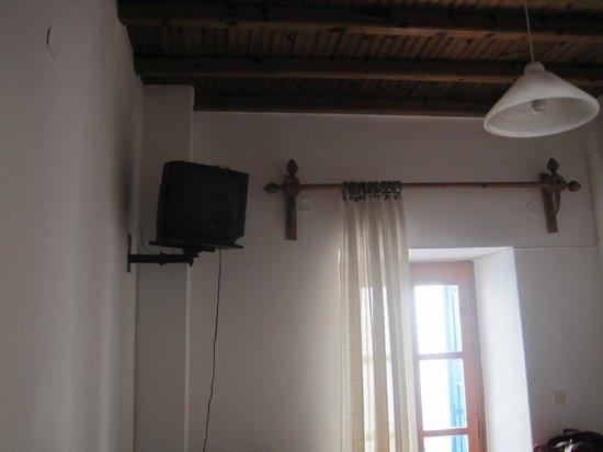 Studio Eleni: TV did not work