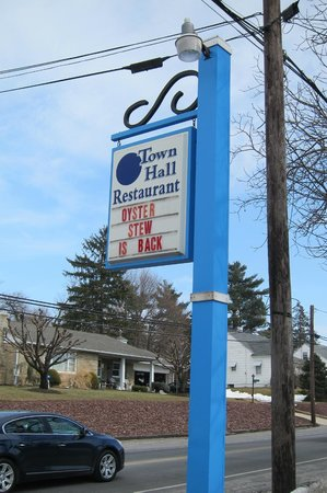 Town Hall Restaurant: Faded letter on their sign