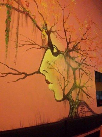 Wild Ginger: Murales interno