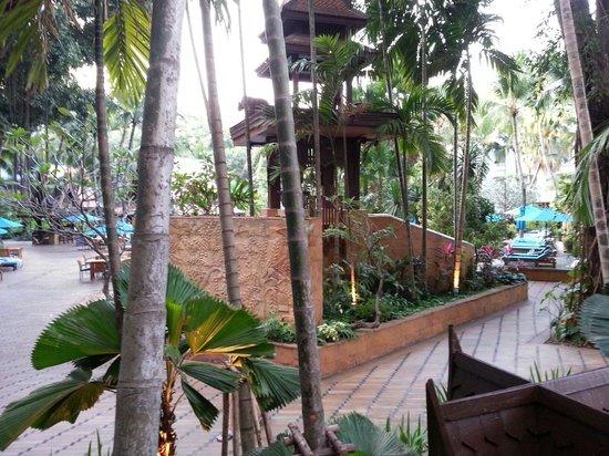 AVANI Pattaya Resort & Spa: 中庭