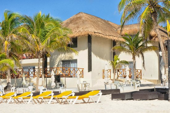 El Paraiso Tulum: Hacienda, view from the beach