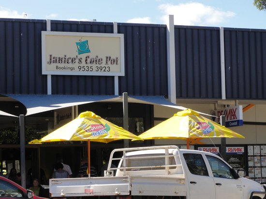 Janices Cofe Pot on the Foreshore: JANICES COFE POT