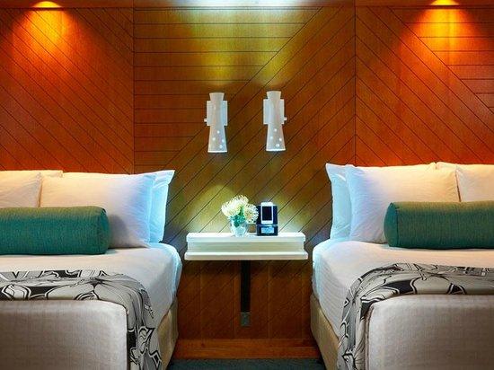 Aqua Oasis: Double Beds