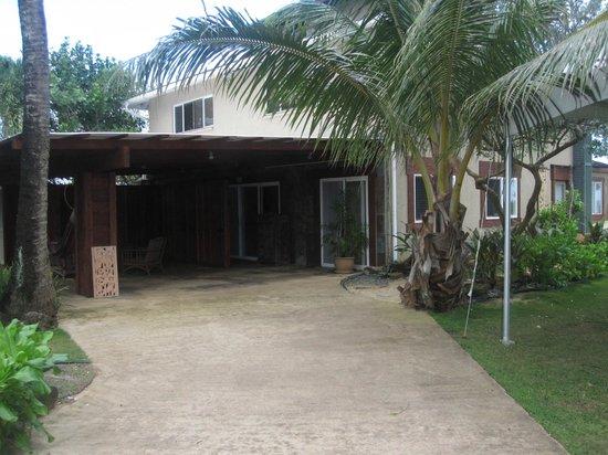 Tiki Moon Villas: Lanai Area