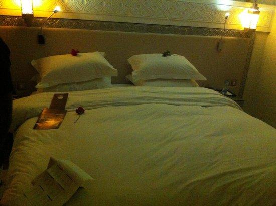 Sofitel Marrakech Lounge and Spa : Lit