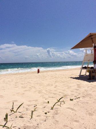 Grand Residences Riviera Cancun: Beach